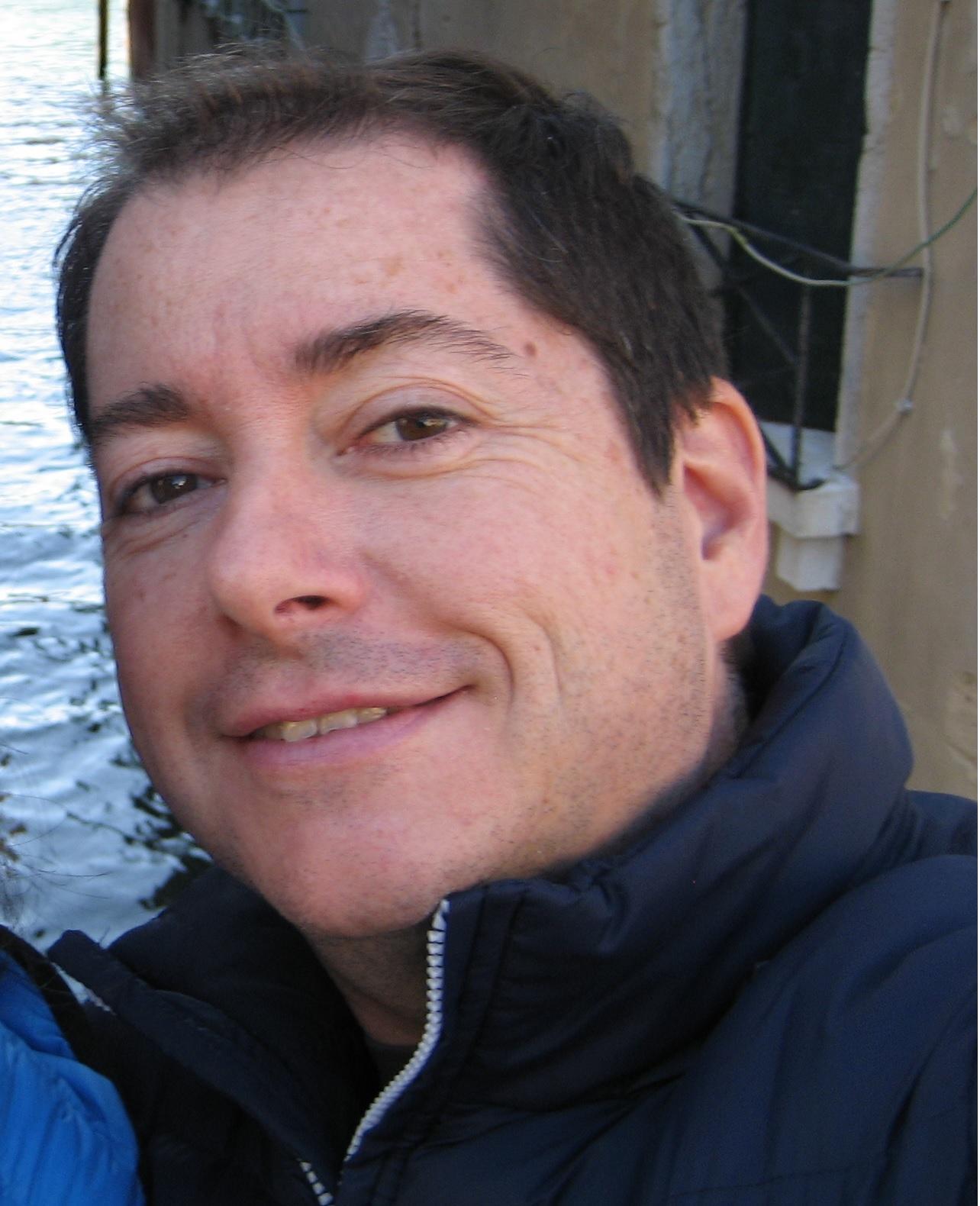 Ruiz Vega, Fernando Jesús